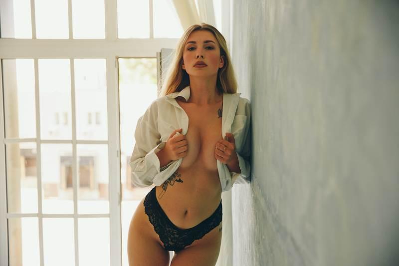 Elle_Crawford